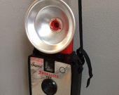 Vintage Imperial Satellite 127 atomic age mid century camera wuth flash