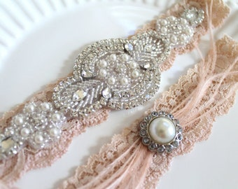 Bridal Great Gatsby beaded applique rhinestone pearl nude garter set. Ostrich feather crystal stretch lace wedding garter set. GATSBY LOVE