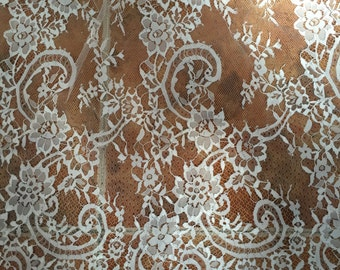 Graceful Eyelash Lace Fabric 59 Inches Wide Floral Scalloped Lace Fabric 1 Yard For Dress Veil Costume Supplies