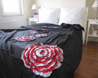 Shabby chic Bedding- Black red white bloom flower Dahlia duvet cover -Applique -Bohemian bedding- queen-king duvet cover Linen - Nurdanceyiz