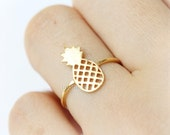 Pineapple Ring / fruit ring, choose your color, gold, silver, pink