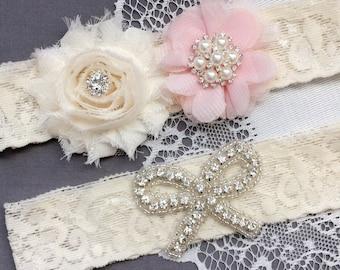 Wedding Garter Bridal Garter Pale Pink Garter Set Lace Garter Set Ribbon Bow Rhinestone Crystal Pearl Garter Princess GR169LX