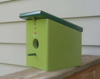 Eden Hunter Green Bird house Handmade