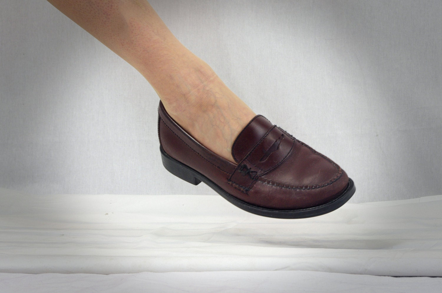 Womens Bass Weejuns Bass Penny Loafers Oxblood Loafers
