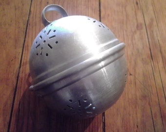 ANTIQUE aluminium HERB INFUSER, handmade, preserving, bouquet garni infuser, French country kitchenalia. rare, collectible
