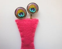 Peacock Feather Flower Bobby Pins With Flet Vase