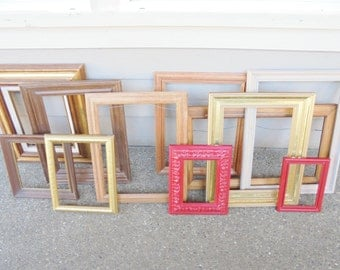 Vintage / Antique Lot of 11 PICTURE FRAMES Ornate / Modern Shabby Chic Romantic Wedding Artwork Wall Hangings Gold Gilt