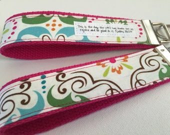 Texas Daydream on Fuschia Canvas Fob:  You Choose Verse or Quote