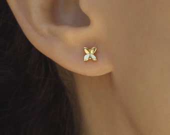 Small gold earrings 14k tiny gold stud earrings, gold flower stud earrings, jewelry gifts