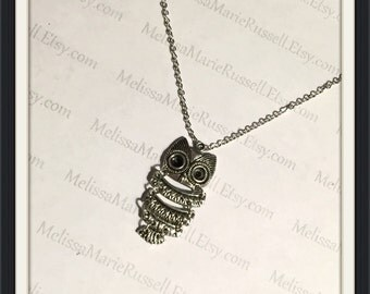 Owl, Silver Pendant Necklace, handmade jewelry, gifts for her, birthday, mom, sister, girlfriend, wife, fiance, sale