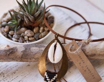 TBN-01, free U.S. shipping teardrop shaped beaded brass necklace with cowrie shell