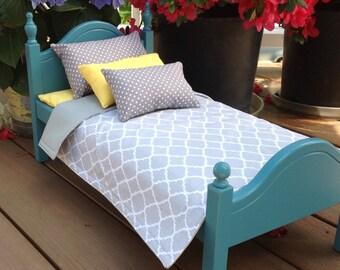 American Girl Doll: Furniture, Blue doll bed grey quatrefoil bedding