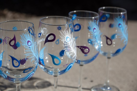 Bridal shower glasses, 1 peacock feather glasses for Bridesmaids.  Wedding shower favors, paisley.  Bridesmaid gift. Maid of honor gift.