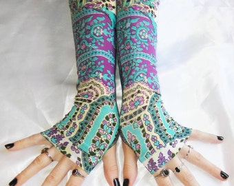 Arm warmers Fingerless gloves - Moongia - Belly Dance Gothic Goth Gypsy boho bohemian ethnic mehndi indian tribal fusion dancing armwarmers