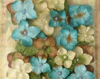 small fabric flowers,  LIght blue & Ivory cream Hydrangeas Velvelt Chantilly 1272-200,  32 flowers and 8 leaves