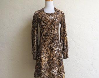 Vintage 60s 70s Tiger & Leopard Print Pointy Collar Dress