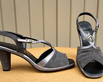 vintage 70s 40s gray suede leather v strap slingback sandals heels pumps 9 nos Hush Puppies usa