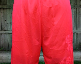 vintage 60s coral pettipants bloomers m lace trim lace appliques  penneys gaymode mod scooter girl