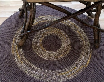 Beautiful crochet round rug, melange brown with circles of mixed neutral colors