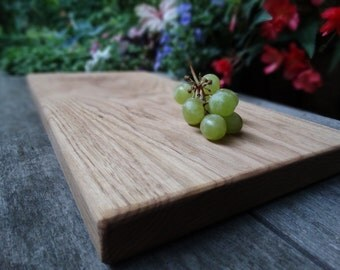 Butternut cutting board - natural wood cutting board - rustic cutting board
