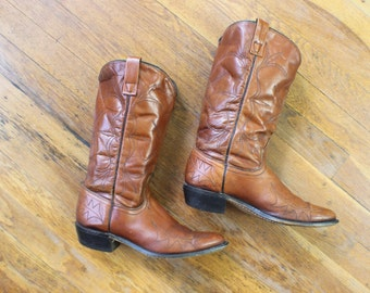 Size 8  1970'S Cowboy Boots / Honey Brown Leather Western Boots / Vintage Boots