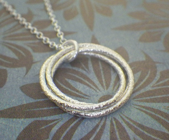 3 faceted rings necklace 3 4 interlocking rings by