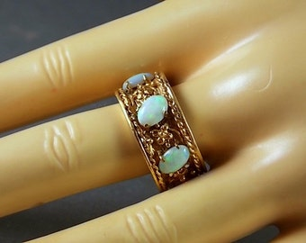 1950s Opal Eternity Ring 10 mm wide 2.82Ctw Yellow Gold 14K 8.5gm Size 8.75 Can't be Sized