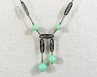 Vintage Art Deco peking glass and sterling silver link necklace