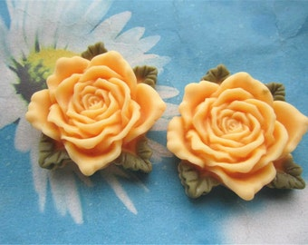 Large--2pc 45mm marigold resin  flower cabochon/cameo charms--rose flower with green leaves
