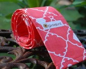10% off with coupon code! SLR or DSLR Camera Strap Cover- 2 lens cap pockets, padding - Coral Quatrefoil, photography gift