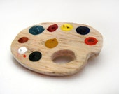 Painting palette brooch