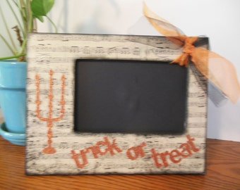 4 x 6 Halloween Frame / Trick or Treat / Decorated Table Top Picture Frame