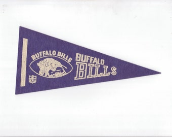 Vintage Buffalo Bills Football Team Early 1970s Era NFL Small Mini Felt Pennant Banner Flag vtg Collectible Vintage Display Sports
