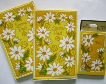 Vintage Hallmark Bridge Score Pads and Card Game Tallies Lot of 3 Yellow Daisy Flowers 1960's