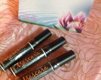 SALE Natural high defintion mositurizing mascara funeral black/ natural eye mascara