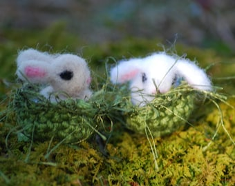 1 Tiny Needle Felted Flop Eared, Lop Eared Baby Bunny, Your Choice of Color for 1 Baby Handmade