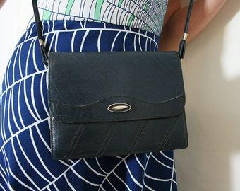 Vintage Navy Blue Leather Purse Shoulder Bag