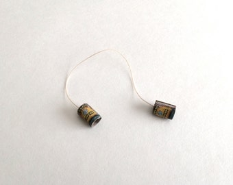 """Miniature Can Telephone Toy for 1"""" Dollhouse"""