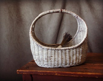 White Chippy Original Paint Wicker Gathering Basket