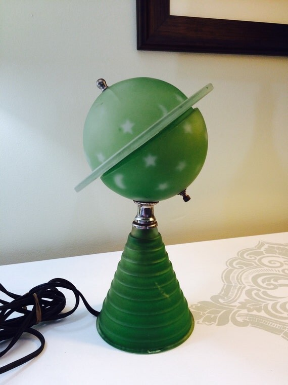 1939 Worlds Fair Green Glass Saturn Lamp Art Deco Base Vintage