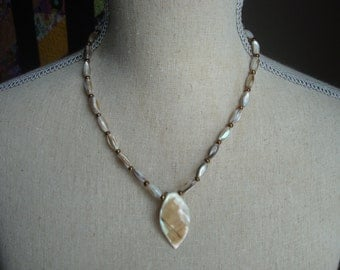 """Shell drop necklace - 18"""""""