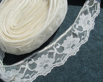 Wide Cream Flower Lace - 9 yards