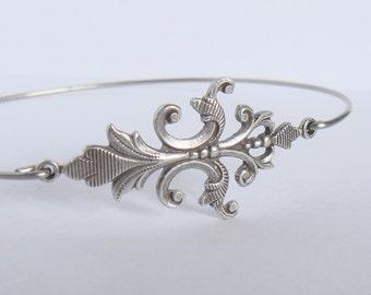 Silver art nouveau flower bangle - Flower bracelet - Boho gypsy bracelet - Filigree bracelet - Minimalist jewelry - Cuff stacking bracelet