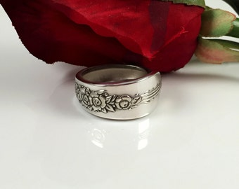 Vintage Spoon Ring  Silverware Jewelry Silver Band Ring   Spoon Ring    item 101 Size 7.5 ring
