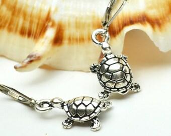 Silver Turtle Earrings, Turtle Jewelry, Turtle Lover Gift, Tortoise Jewelry, Turtle Gift, Box Turtle Jewelry, Earings Gift for Turtle Lovers