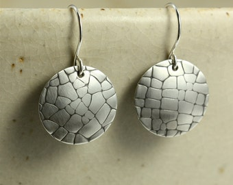Medium Brushed Silver Disc Earrings, Embossed Cobblestone Lines, Sterling Silver Earrings, Dangle Earrings, Embossed Earrings