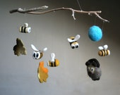 Baby mobile - Winnie the pooh and bees, needle felted nursery mobile, crib decor