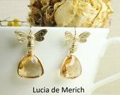 Bee Earrings Gold Bee and Honey Drops Earrings Matte Gold Bees Golden Amber Teardrop Glass Beads Dangle Earrings Garden Bee Jewelry