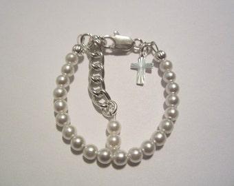 Newborn baby Japanese pearl Christening bracelet