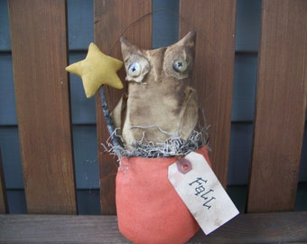 Primitive Grungy Fall Owl Cupboard Doll/Hanger